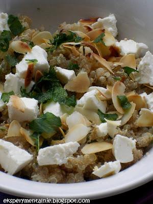 Quinoa z fetą i amarantusem