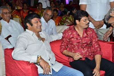 Balakrishna-at-Boyapati-Srinu-Brother-Boyapati-Brahmananda-Rao-Daughter-Wedding-hoto