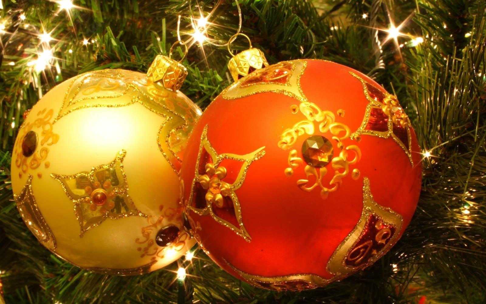 Christmas Balls - Salon des Refusés