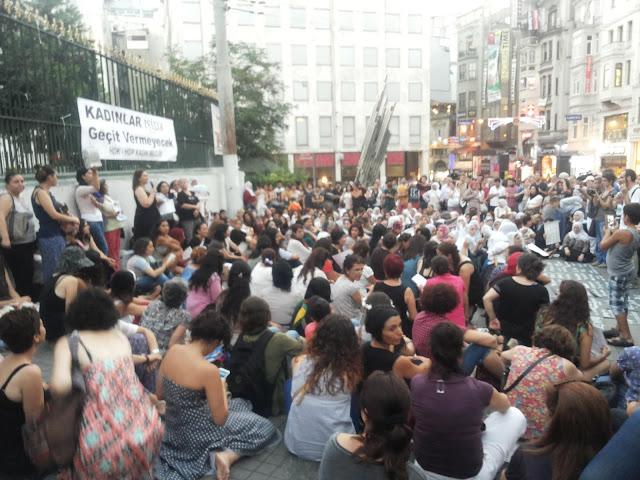 Suasana demo di Taksim Square Istanbul