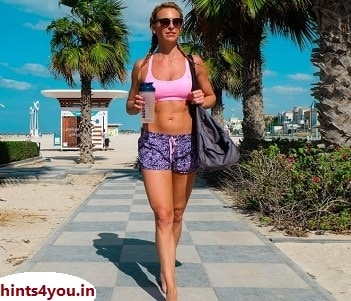 Women can go for a walk every morning in any park near their home. If morning time is not there, it is necessary after eating at night. By following these simple steps everyday you can keep yourself fit. It is not necessary to take an hour for it.