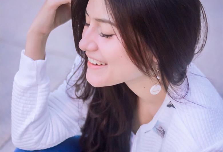 Biodata Silvia Anggraini