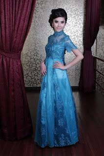 Baju Kebaya Warna Biru Modern