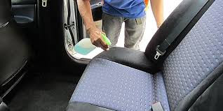 Bersihkan Noda Di Sarung Jok Berbahan Fabric Cukup Pakai Sabun Cuci Piring Cair