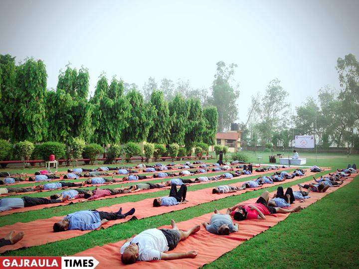 yoga-day-in-gajraula-image
