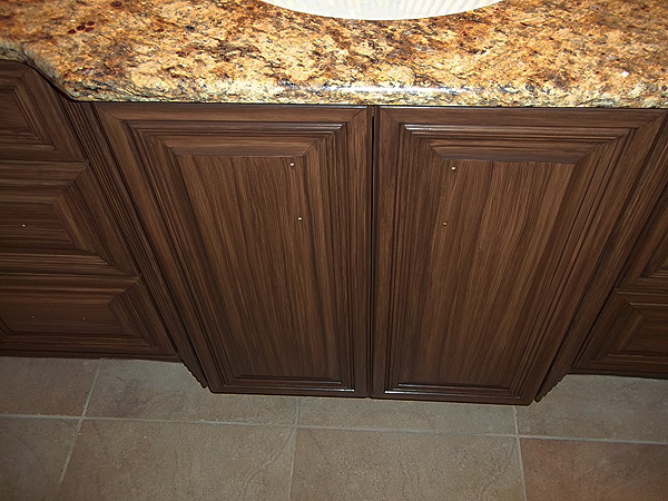How to paint kitchen cabinets look like wood for Painting white kitchen cabinets to look like wood