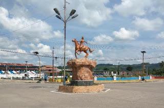 patung_kuda_kota_waikabubak