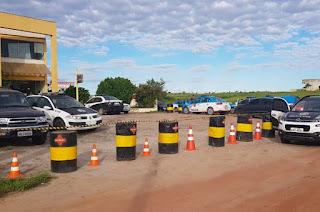 http://vnoticia.com.br/noticia/3588-dois-elementos-armados-assaltam-distribuidora-de-agua-em-sfi