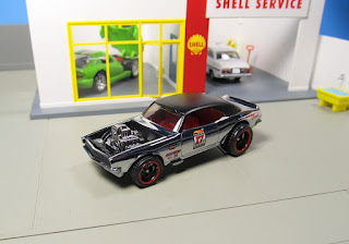 Hot Wheels chrome Heavy Chevy