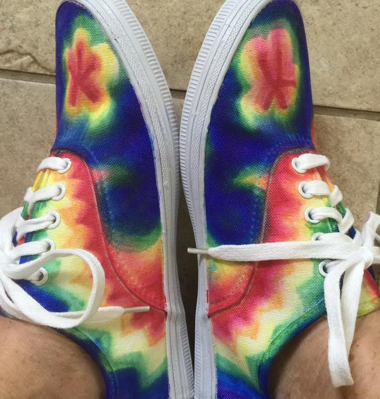 s dakota dreams tie dye canvas shoes with