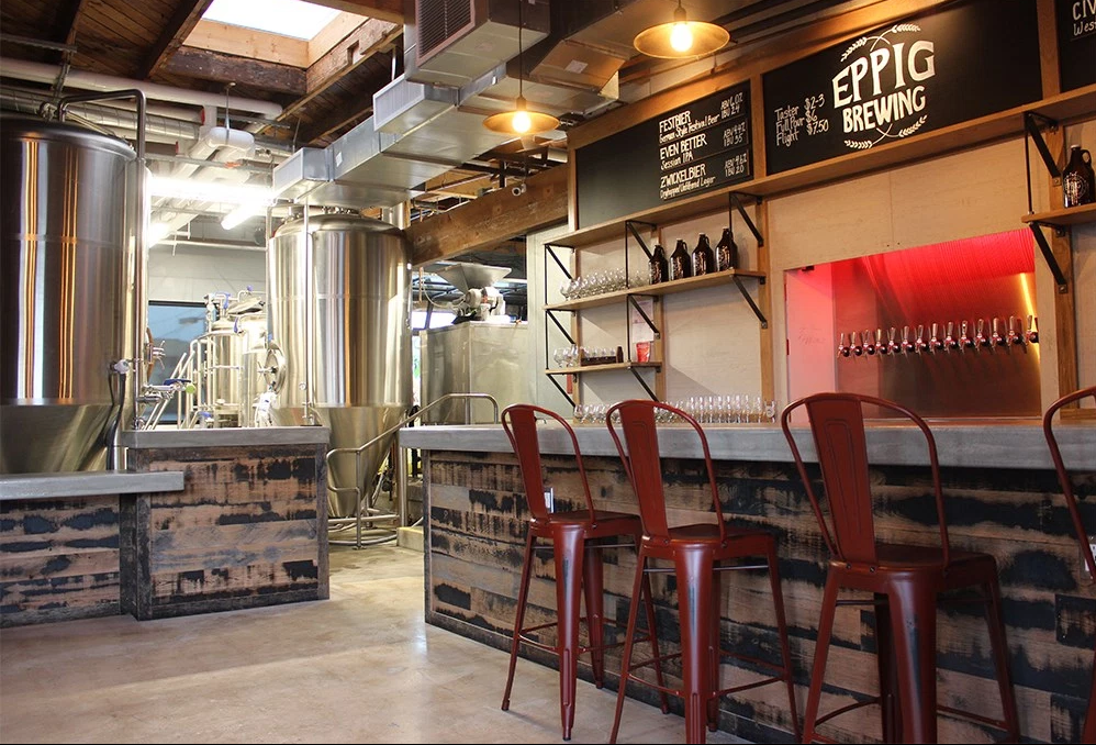 Pillar To Post THE BREWSPAPER THREE MICROBREWERIES IN ONE NEW LOCATION