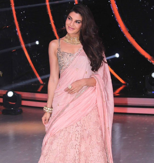 Jacqueline Latest Stills in Kaabil Film Promotion On The Sets Jhalak Dikhhla Jaa Season 9