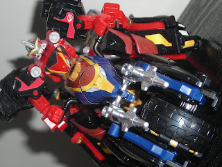 toy review candy toy mini-pla model kit tokumei sentai go-busters super sentai buddyzord tategami lioh lt-06 lion go-buster ace go-buster lioh go-buster king combination
