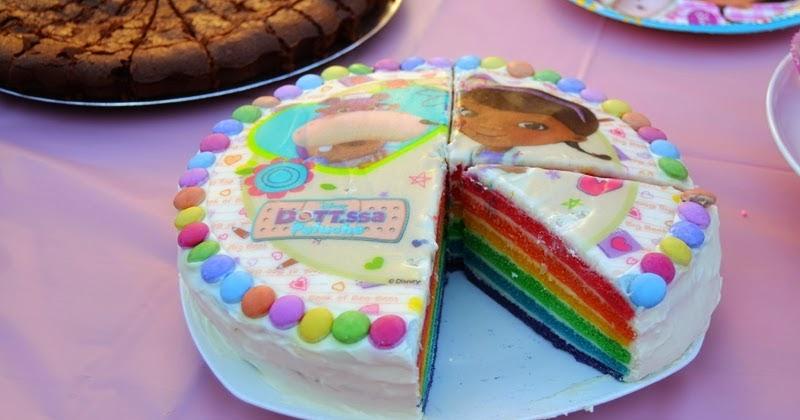 les mercredis de julie rainbow cake docteur la peluche. Black Bedroom Furniture Sets. Home Design Ideas