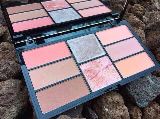 "PALETA PRO BLUSH & HIGHLIGHT ""PEACH AND BAKED"" DE FREEDOM MAKEUP"