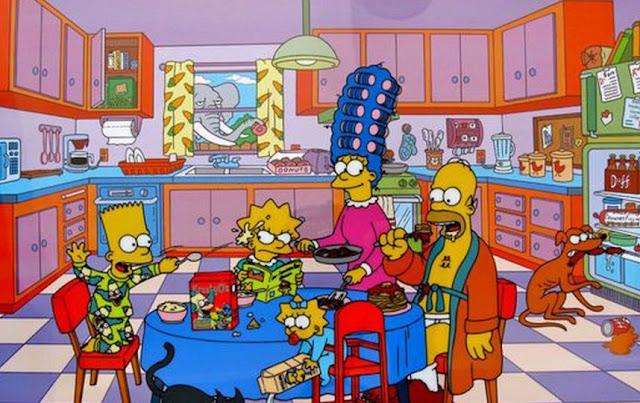 Pareja crea una réplica exacta de la cocina de los Simpson