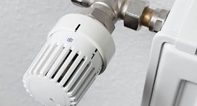 come-risparmiare-sul-riscaldamento-valvola-termostatica