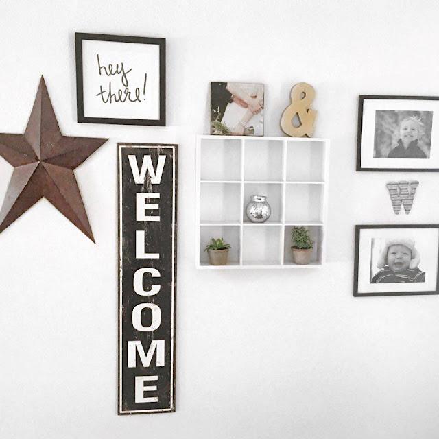 minimalistic gallery wall