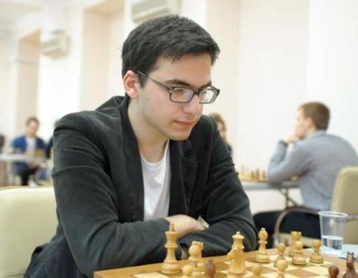 Le Russe David Paravyan (22 ans, 2629 Elo) remporte les 35.200 € du premier prix au général du tournoi de Gibraltar