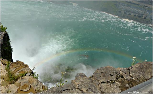 Cataratas del Niágara: Arcoíris en el Horseshoe Falls