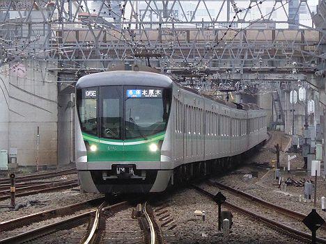 小田急電鉄 各停 本厚木行き 東京メトロ16000系