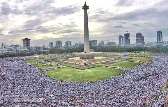 Tuntut Jokowi Pecat Ahok, Umat Islam Kembali Aksi 313 di Depan Istana