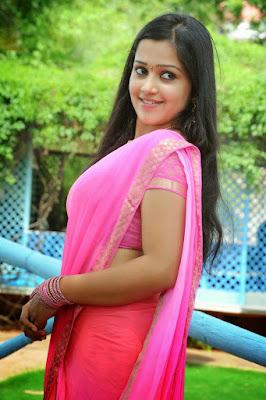 Samskruthi Shenoy in saree side view