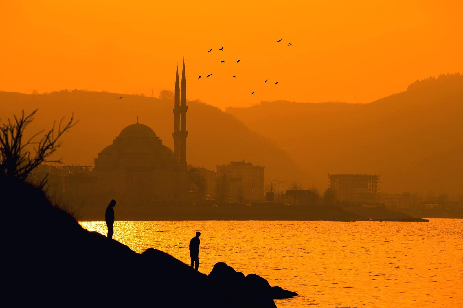 Ucapan Hari Isra Mi'raj yang Teduhkan Hati