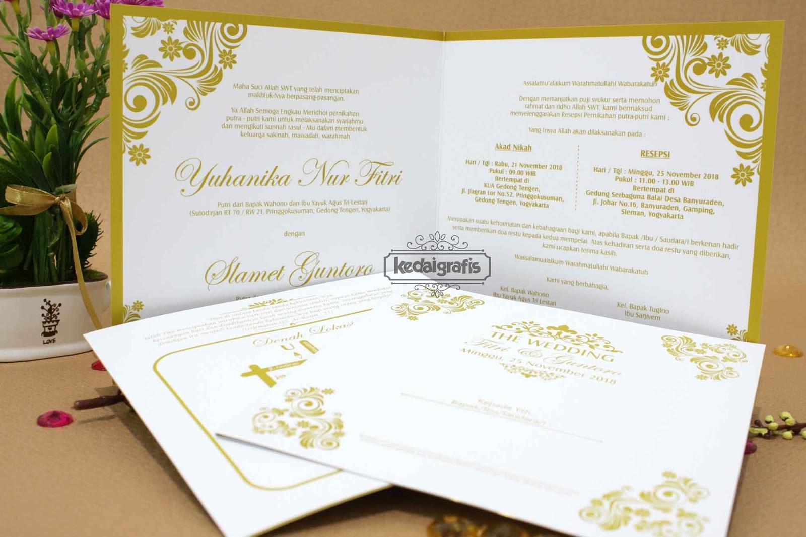 Contoh Undangan Pernikahan Dengan Foto Prewedding