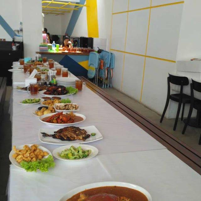 Saung Grenvile - Tempat Makan Murah di Jakarta