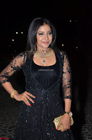 Sakshi Agarwal looks stunning in all black gown at 64th Jio Filmfare Awards South ~  Exclusive 058.JPG