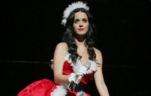 Katy Perry Christmas Dress | Celebrity Magazine