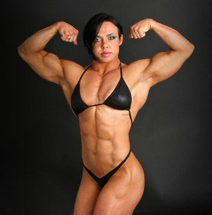 http://4.bp.blogspot.com/-1kBG0WsWsPs/UZ0NcELMLbI/AAAAAAAAATQ/k3Dsg2IsQck/s1600/biggest-female-bodybuilder.jpg