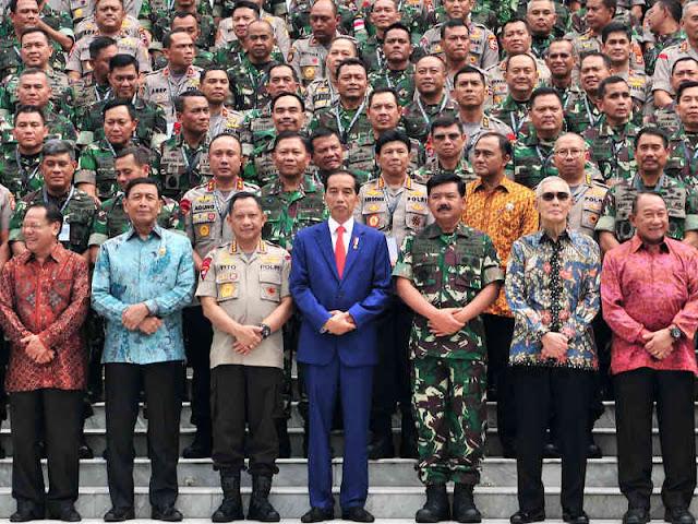 Jokowi Beberkan 60 Jabatan Baru untuk Perwira Tinggi