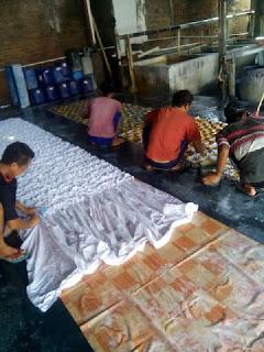 quilt sandwich batik fabric