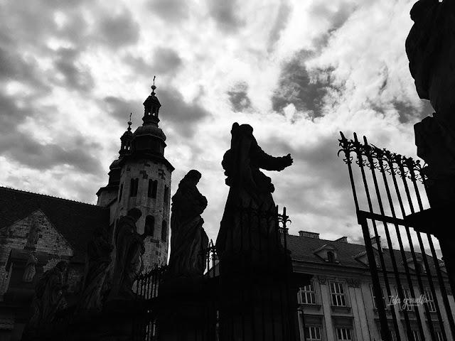 Cracovia fotos siluetas de santos