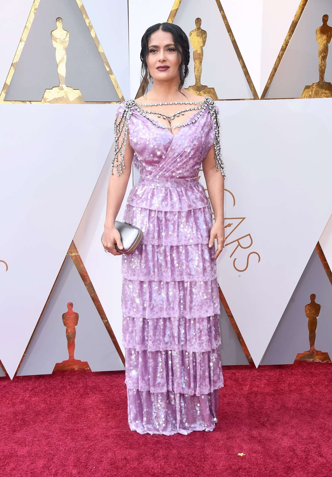 Salma Hayek turns up the glam factor at the 2018 Oscars