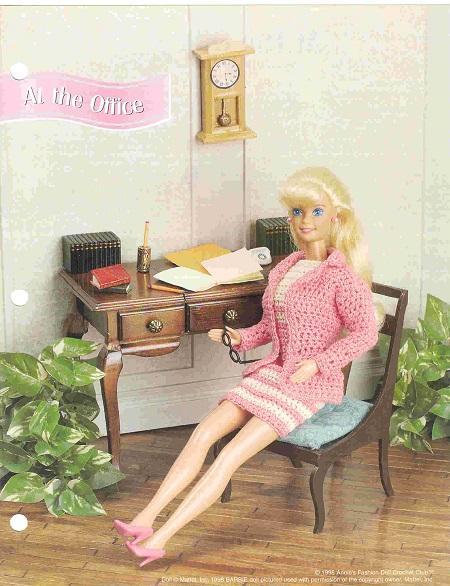 Vestido e casaco de crochê para Barbie
