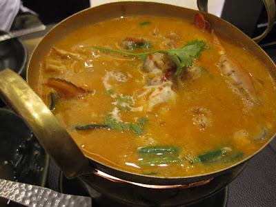 Bangkok, Nara Thai Cuisine, tom yam goong
