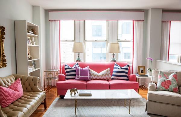 50 Dekorasi Interior Ruang Tamu Warna Pink Klasik