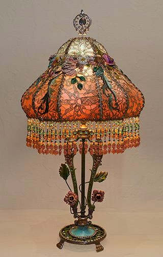 lace embroidery vintage lamp