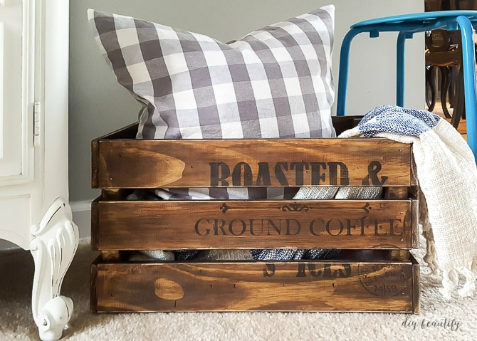 distressed crate DIY