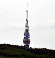 http://radiacja.blogspot.com/2013/10/bratislava-kamzik-i-inne-anteny.html