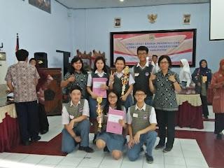 SMA KK Menjuarai Lomba Debat Bahasa Inggris dan Indonesia