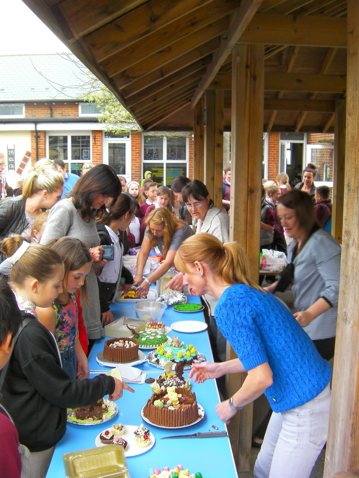 meon school milton easter cake sale