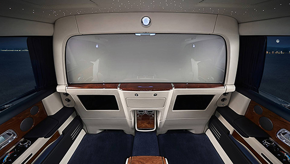 New Isolated Rear Cabin Of ROLLS-ROYCE PHANTOM