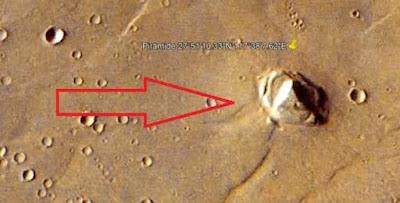 Ολοκάθαρη Πυραμίδα 2,5 Χιλιομέτρων Εντοπίστηκε στον Άρη