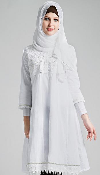 Busana Muslim Lebaran Untuk Ibu Hamil Terbaru 2015