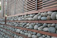 الحجر الطبيعي. الانتهاء من الواجهة الحجرية للبيت يعطيها نبيلة, آراء الارستقراطية