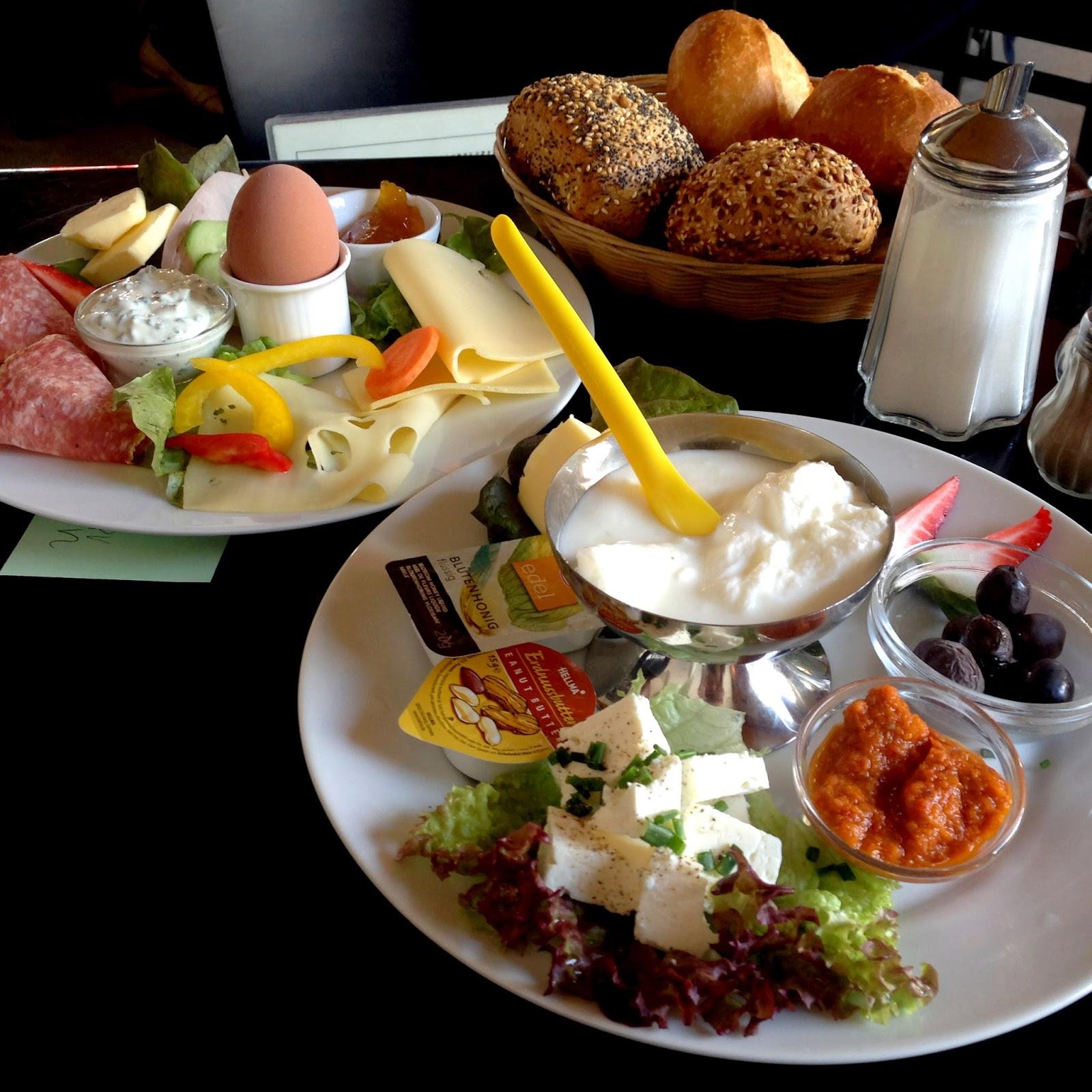 Cafe Leuchte Köln : fr hst ck in k ln wir testen cafe schmitz fr hst ck ~ Watch28wear.com Haus und Dekorationen